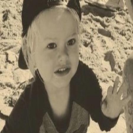 Eve Chilton Weinstein childhood pic,