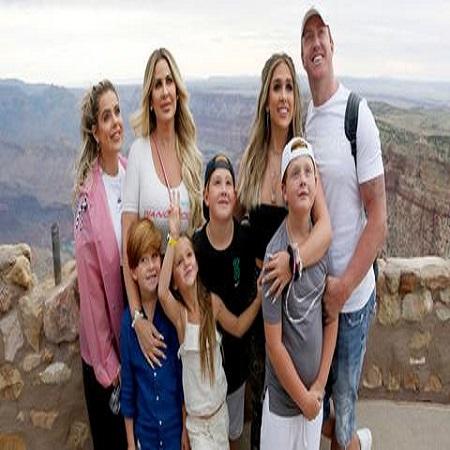Kim with her husband Kroy Biermann and 6 children