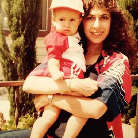Jessica DiCicco with her mom