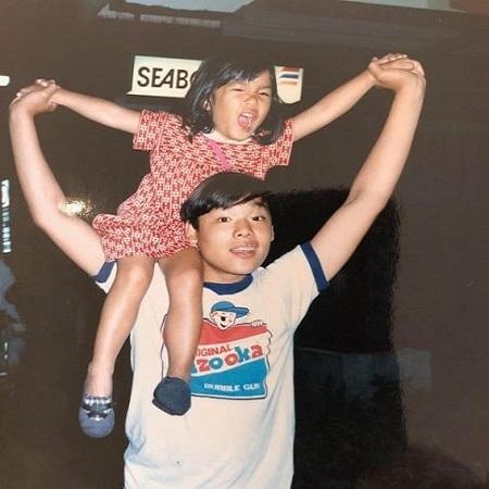 Justin Hakuta with his siblings,