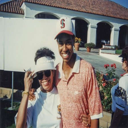 Kultida with her son; Tiger Woods, source Bangkok Post