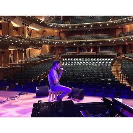 David rehearsing before performance
