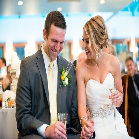 Nicole in her wedding, source Facebook
