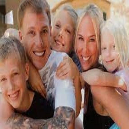 deknika's family pic,