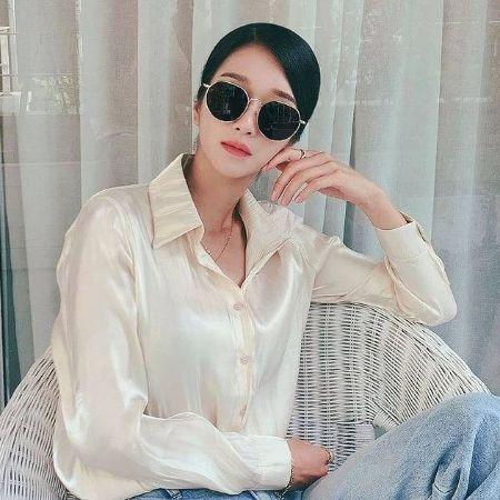 Seo Ji Living