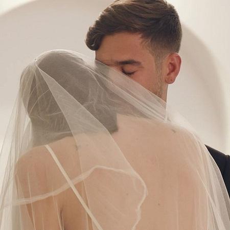 Vittoria in her wedding ceremony