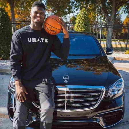 Zion Williamson's with his car