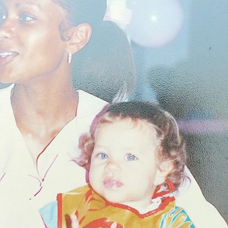 Dominique Reighard Brooks with her mom, source @dominiquereighard