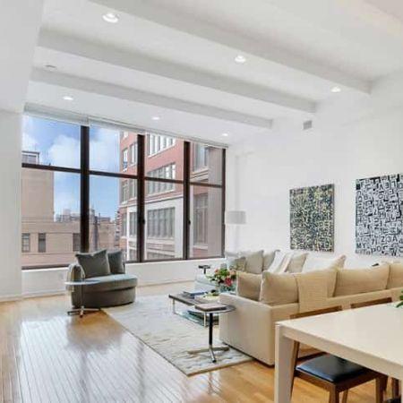 Lebowitz's apartment