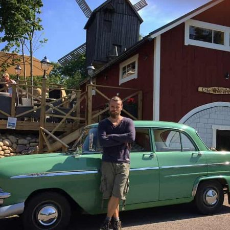 Peter Franzen with his Car