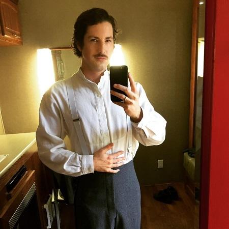 Sean Rio Flynn was ready for the shoot of Zewy 101, source @rioflynn