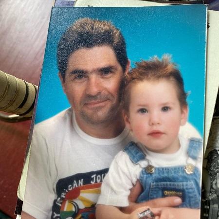 Sean Rio Flynn with his dad, source @rioflynn