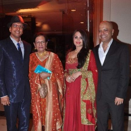 Begam with family