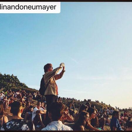 Ellis on a concert