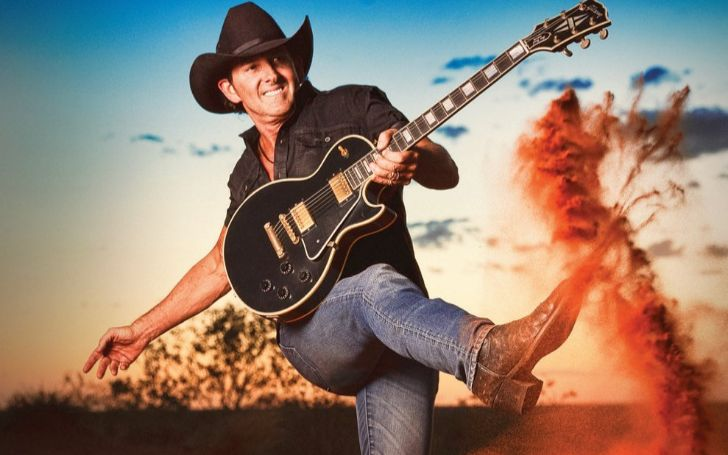 Lee Kernaghan, his networth, musicial career, relationships, and his wealth
