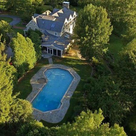 Tom Selleck house