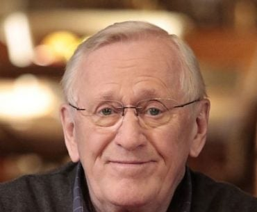 Len Cariou, his Age, his immense networth, and working with Jonny Depp.