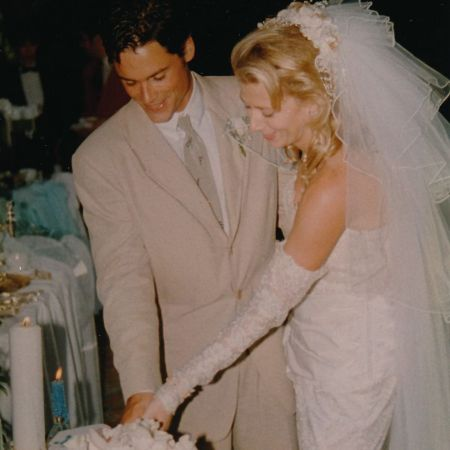 Picture of Sheryl and Rob Lowe wedding.