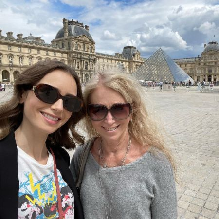 Jill and Lily in paris!