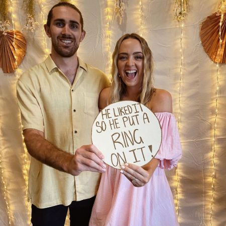 Cleo with her fiance one thwir special day of engagement, source Instagram