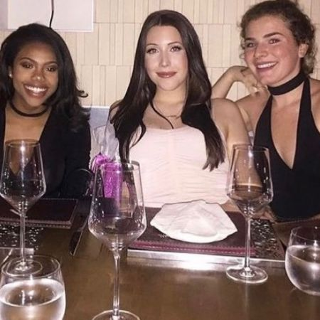 Daijah with her friends, source Instagram