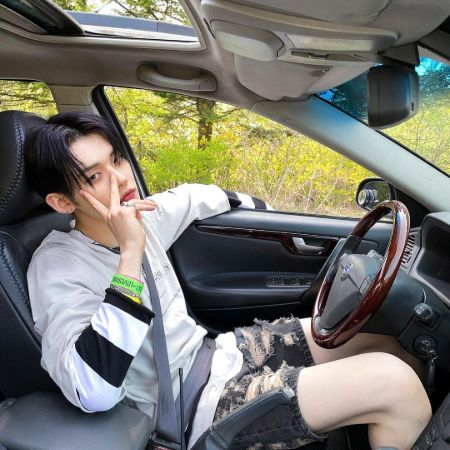 Yeonjun with his brand new car, source Instagram