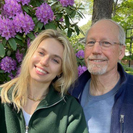 Megan with her lovingg dad Douglas, source Instagram meganirminger