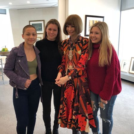 Sarah and her friends met the queen of fashion, Anna Wintour, source Instagram