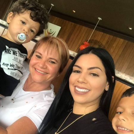 Kairy Lopez with her mom and two sons, source Instagram