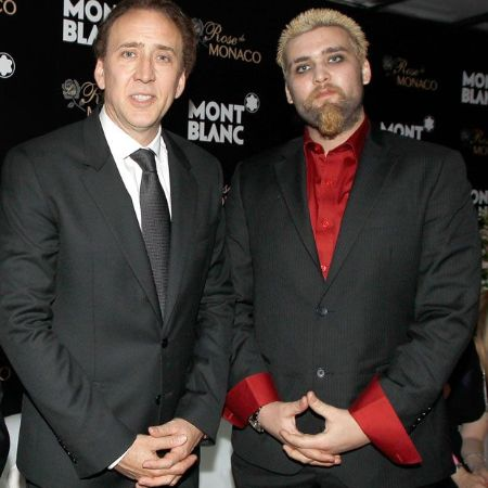 Kal's brother Weston Coppola Cage with his father Nicolas Cage , source pinterest (1)