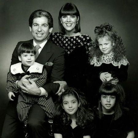 Kris Kardashian family photo, source The Mirror (1)