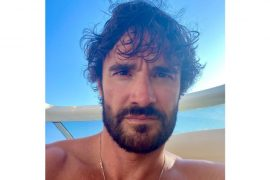 Thom Evans, his vaccations, relationships, networth, and career in 2021