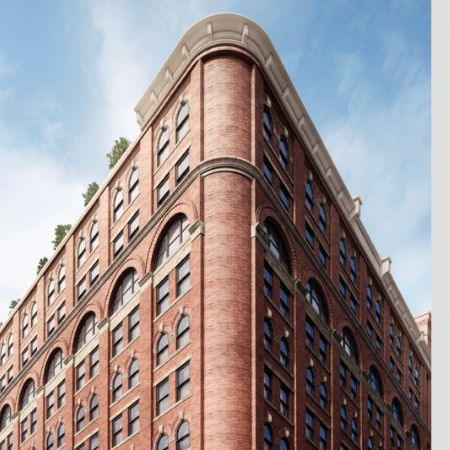tech-investor-dan-benton-and-actress-wife-stephanie-march-buy-manhattan-penthouse-for-34-7m3 (1)