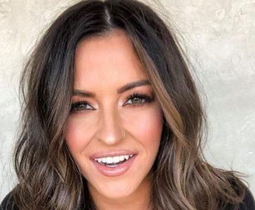 Tia Booth, her Early life, relations, facinating career, and huge social media