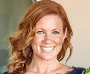 Elisa Donovan Bio, Family, Marriage, Husband, Kids, and Net Worth