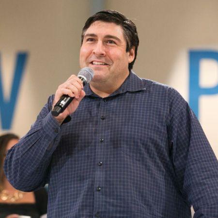 Adam Goldberg in an event
