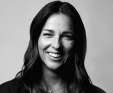 Laura Lentz Bio, Wiki, Marriage, Husband, Kids, and Net Worth