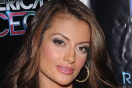 Layla Kayleigh Bio, Family, Married Twice, Husband, Kid, and Net Worth